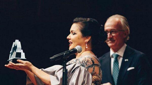 Анна Нетребко с музыкальной премией Полар в филармонии Стокгольма - Sputnik Азербайджан