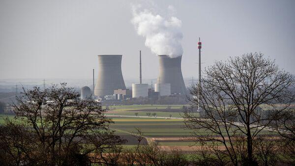 Атомная электростанция Гундремминген  в Германии, фото из архива - Sputnik Азербайджан