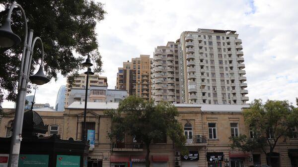 Bakının mərkəzində hündürmərtəbəli binalar - Sputnik Azərbaycan