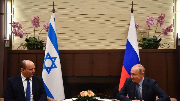 Vladimir Putin və Naftali Bennet - Sputnik Azərbaycan