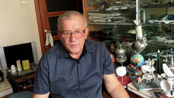 Пенсионер создает точные модели летательных аппаратов - Sputnik Азербайджан