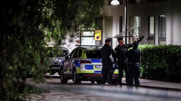 İsveçdə polis əməkdaşı, arxiv şəkli - Sputnik Azərbaycan