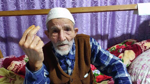 Göyçayın Ləkçıplaq kənd sakini 80 yaşlı Arif İsmayılov - Sputnik Azərbaycan