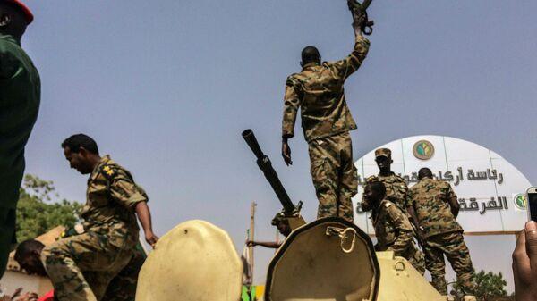 Судан: военный переворот - Sputnik Азербайджан