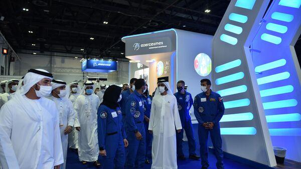 Делегация Космического агентства Азербайджанской Республики (Azercosmos) принимает участие в Международном астронавтическом конгрессе в Дубае - Sputnik Азербайджан