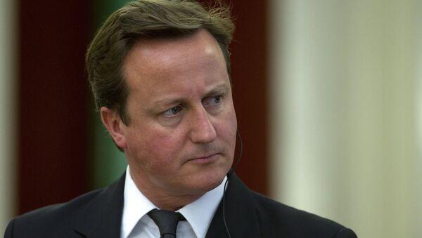 Премьер-министр Великобритании Д.Кэмерон выступил перед журналистами в Кремле - Sputnik Азербайджан