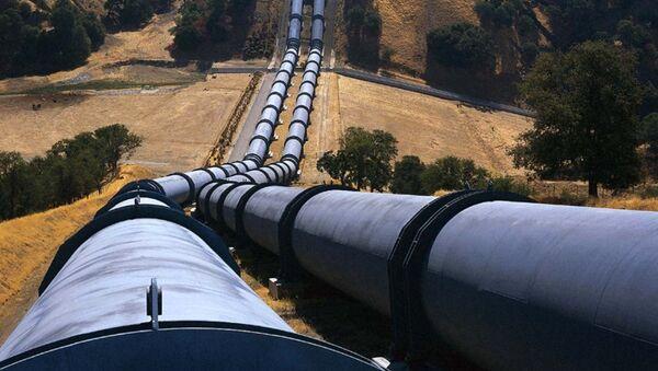 В мае вдвое увеличена прокачка нефти по трубопроводу Баку-Новороссийск - Sputnik Азербайджан