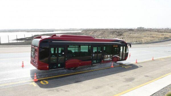Baku Bus şirkətinin avtobusu - Sputnik Azərbaycan