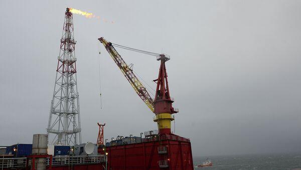 Prirazlomnaya ice-resistant oil platform - Sputnik Азербайджан
