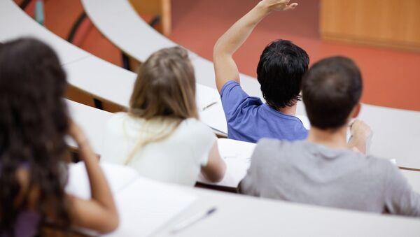 Студенты на лекции - Sputnik Азербайджан