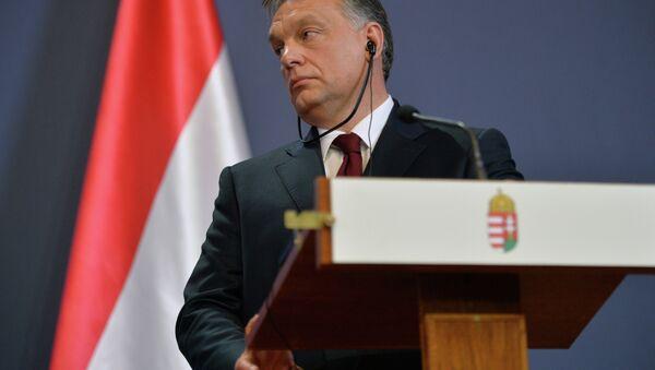 Премьер-министр Венгерской Республики Виктор Орбан - Sputnik Азербайджан