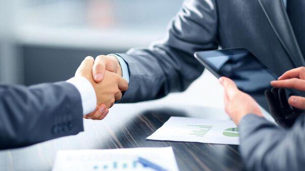 Деловая встреча бизнесменов - Sputnik Азербайджан