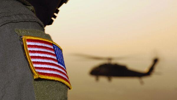 Close-up of a US Flag patch as a US Army (USA) UH-60A Black Hawk (Blackhawk) helicopter - Sputnik Azərbaycan