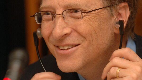 Б.Гейтс во время встречи в Москве - Sputnik Азербайджан