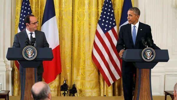 ABD Başkanı Barack Obama ve Fransa Cumhurbaşkanı François Hollande - Sputnik Azərbaycan