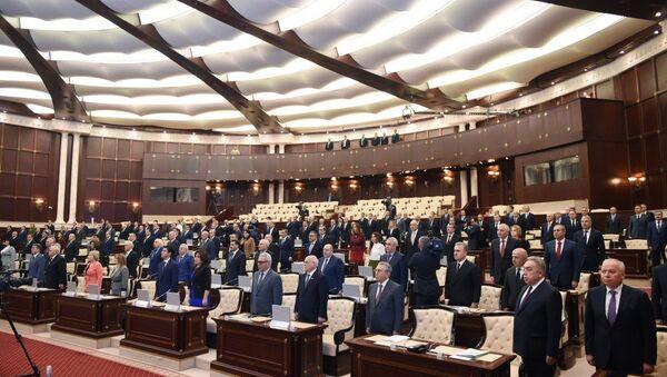 Президент Ильхам Алиев на первом заседании Милли Меджлиса (парламента) пятого созыва - Sputnik Azərbaycan
