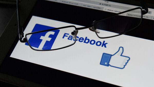 Социальная сеть Facebook - Sputnik Азербайджан