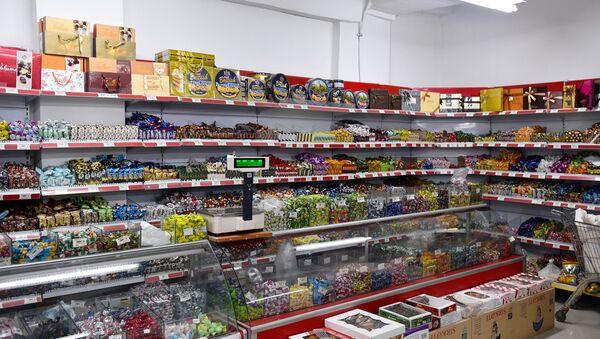Прилавок супермаркета - Sputnik Азербайджан