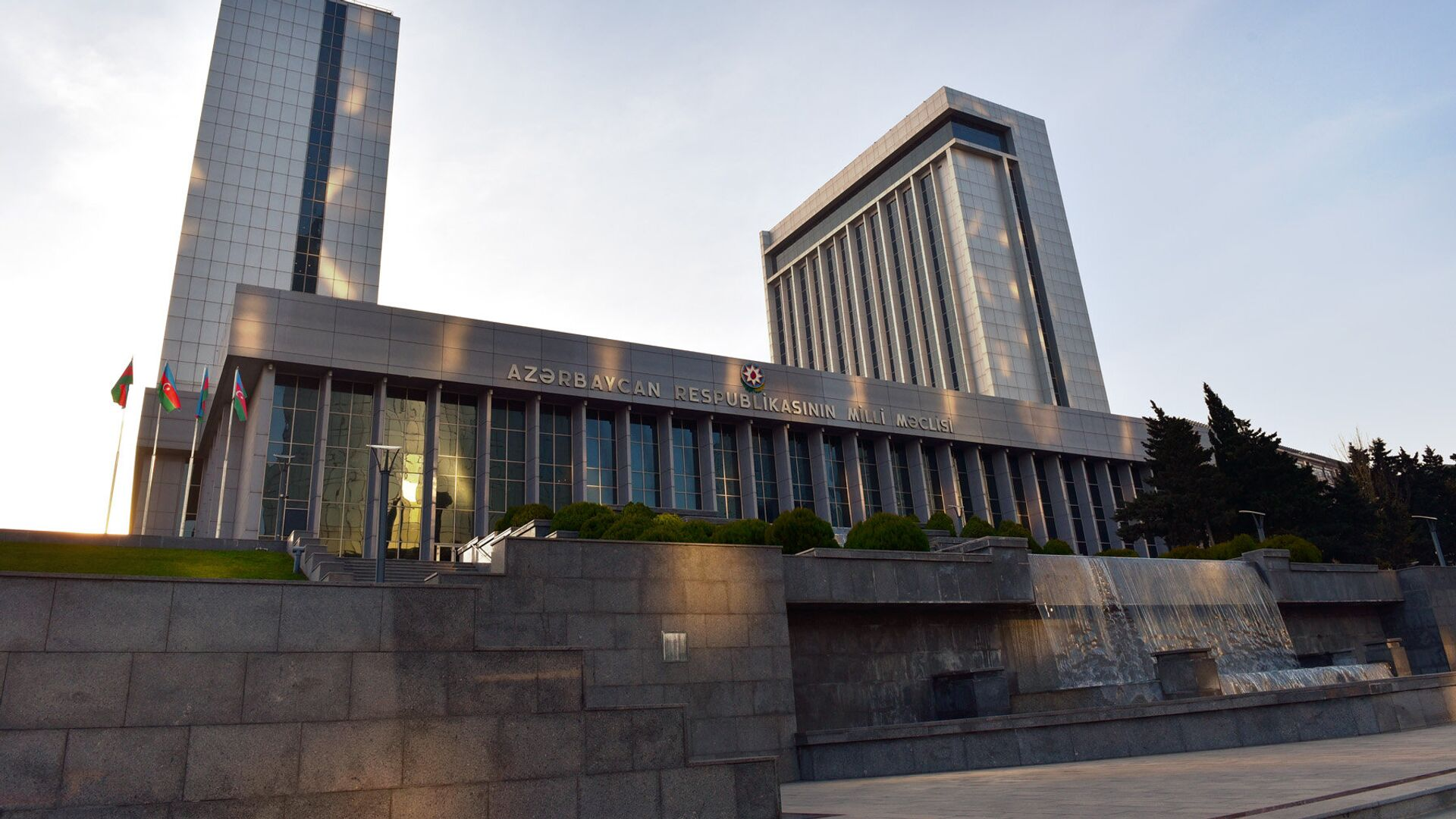 Здание Милли Меджлиса - Sputnik Azərbaycan, 1920, 17.09.2021