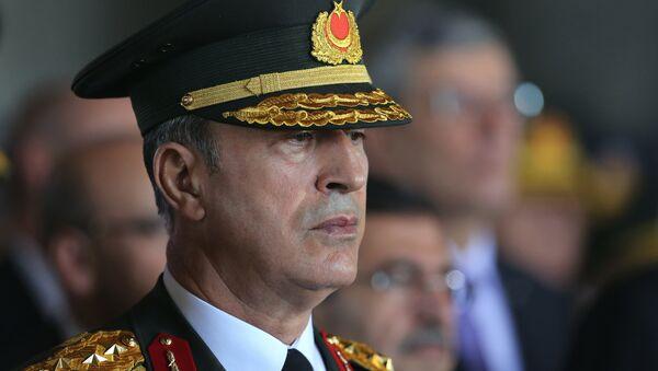 Hulusi Akar, Türkiyə generalı - Sputnik Azərbaycan