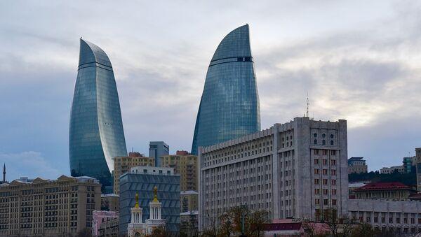 Вид на здание Администрации Президента АР и Кабинет министров - Sputnik Азербайджан