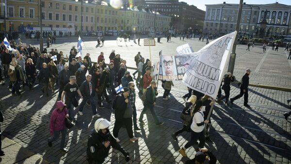 Жители Хельсинки протестуют против мигрантов. Архивное фото - Sputnik Азербайджан