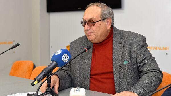 Cahangir Nəcəfov, Azərbaycan SSR Ali Soveti sədrinin keçmiş müşaviri - Sputnik Azərbaycan