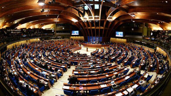 Делегаты в зале на пленарном заседании сессии ПАСЕ, фото из архива - Sputnik Азербайджан