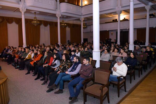 Бакинские ценители творчества Высоцкого - Sputnik Азербайджан