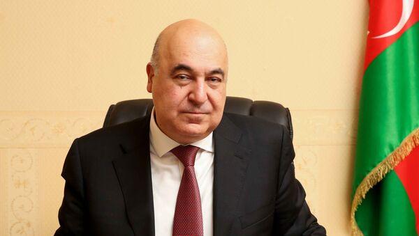 Чингиз Абдуллаев, писатель - Sputnik Азербайджан