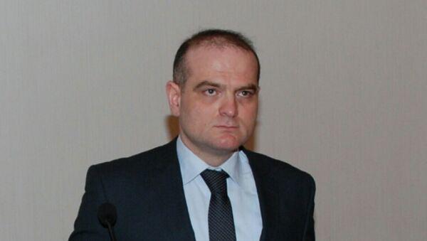 Доктор экономических наук, профессор UNEC Эльшад Мамедов - Sputnik Азербайджан