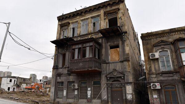 Aktyor Abbas Mirzə Şərifzadənin yaşadığı ev - Sputnik Azərbaycan