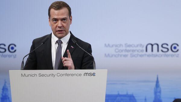Премьер-министр РФ Д. Медведев - Sputnik Азербайджан
