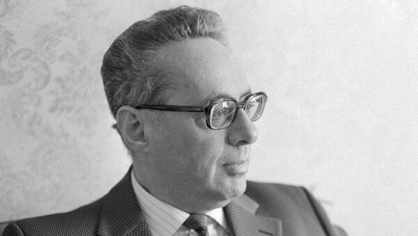 Юрий Левитан - Sputnik Азербайджан