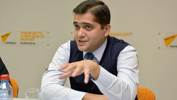 Эльхан Шахингоглу, политолог - Sputnik Azərbaycan