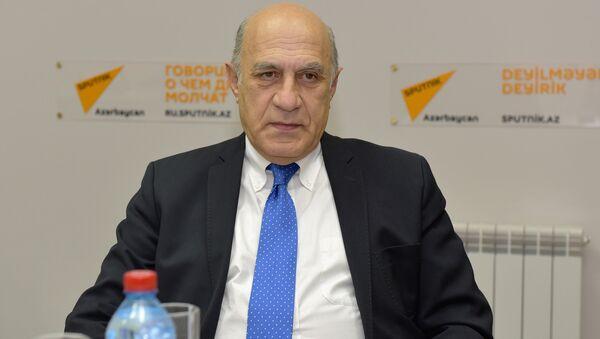 Фикрет Садыхов, политолог - Sputnik Азербайджан