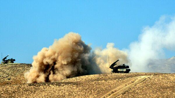 Основное внимание в учениях уделяется применению современной боевой техники и вооружения - Sputnik Азербайджан
