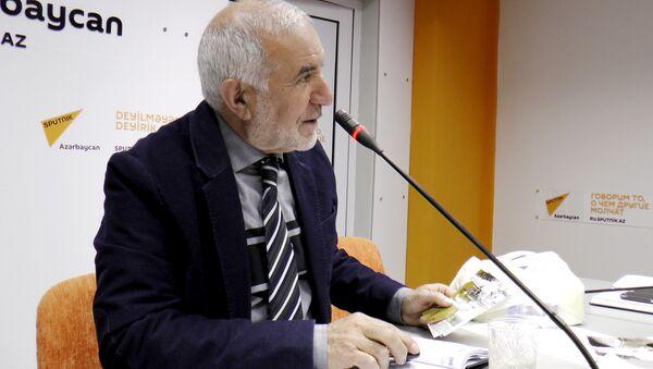 Председатель Общества свободных потребителей Азербайджана Эюб Гусейнов - Sputnik Азербайджан