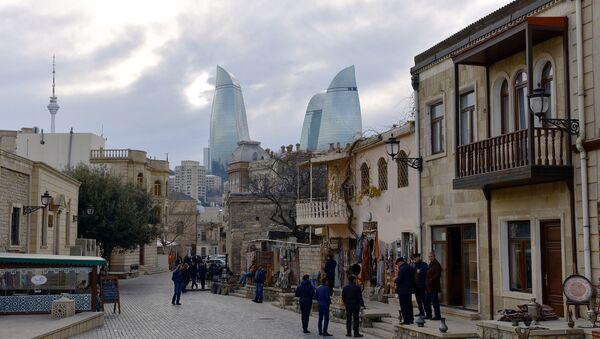 Любимое место туристов в Баку - Ичеришехер, архивное фото - Sputnik Азербайджан