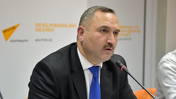 Азер Аллахверанов, председатель общественного объединения Həyat (Жизнь) - Sputnik Азербайджан