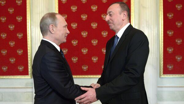Rusiya Federasiyasının prezidenti Vladimir Putin və Azərbaycan prezidenti İlham Əliyev - Sputnik Azərbaycan