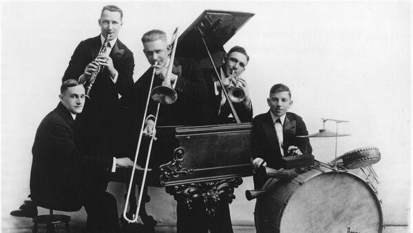 Музыканты легендарной джазовой группы Original Dixieland Jazz Band - Sputnik Азербайджан