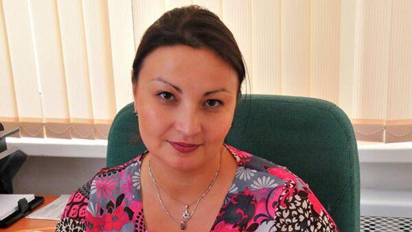 Аюрика Батуева, секретарь приемной комиссии РЭУ имени Плеханова - Sputnik Азербайджан