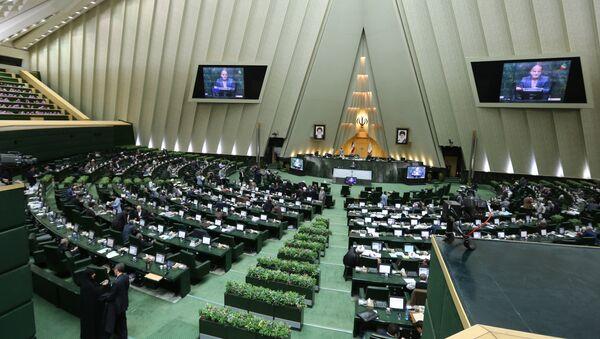 Сессия в парламенте Ирана - Sputnik Азербайджан