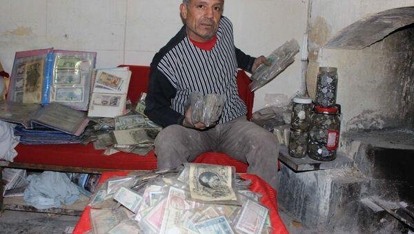 Эсат Каплан и его деньги - Sputnik Азербайджан