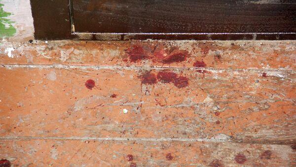 Пятна крови на полу. Архивное фото - Sputnik Азербайджан