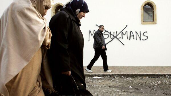 Исламофобия в Европе. Архивное фото - Sputnik Азербайджан