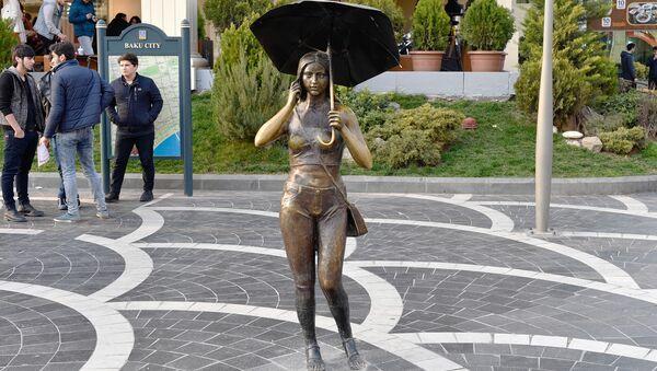 Памятники женщинам в Баку - Sputnik Азербайджан