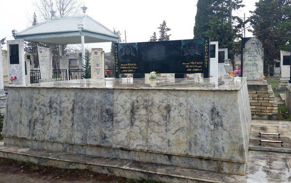 Местные религиозные деятели говорят, что похороны теперь проводятся в соответствии с исламскими традициями - Sputnik Азербайджан