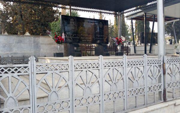 Пышно украшенная гробница - Sputnik Азербайджан